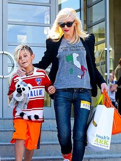 I just love Gwen Stefani's style! Even dressed down ;).