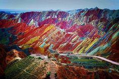 Zhangye Danxia Landform ภูเขาสีรุ้ง มณฑล กังสู Gansue,China