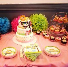 Happi Tree baby shower cake