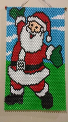 More Pony Bead Projects, Pony Bead Crafts, Beaded Crafts, Pony Bead Patterns, Peyote Stitch Patterns, Beading Patterns Free, Christmas Perler Beads, Beaded Christmas Ornaments, Christmas Crafts