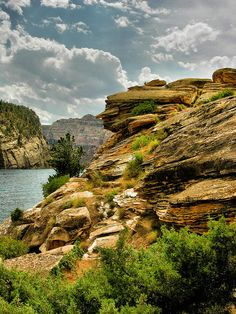 ✮ Alcova Reservoir - Casper, Wyoming    Boated there when growing up and now with my brother's family.