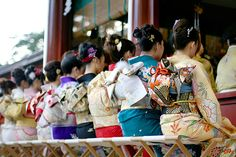 more beautiful Kimono's with contrasting Obi's