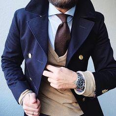 fashion #style #outfitoftheday #instawardrobe #ootd #ootdmen #mensfashion #menswear #menstyle #dandy #tailored #lifestyle #suitup #bespoke #sartorial #sprezzatura #details #gentleman #gentlemanstyle #gents #suitandtie #suit #dressshirt #tie #pocketsquare #scale #wristwatch #wristswag #Vest #sweater by chillzgram