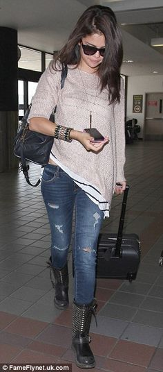 Chic/Laid-back Selena Gomez Outfit @Shannon Pistokache you'd probably want different shoes though i'm sure