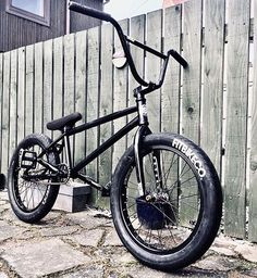 @neilmackie_ 's bike Rate it in comments