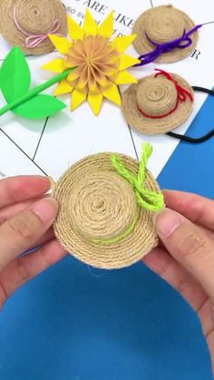 Diy Crafts For Kids Easy, Felt Crafts Diy, Diy Crafts Hacks, Rope Crafts, Diy Crafts For Gifts, Diy Arts And Crafts, Creative Crafts, Kids Crafts, Instruções Origami
