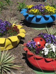 No more spending money at Lowe's for planters! Make this adorable planter from your recycled tires!!! #recycle #gardens #planter #retired Pin it to Save it!!!
