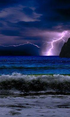 Blue Sea Lightning