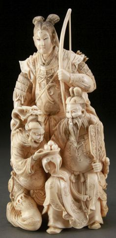 JAPANESE OKIMONO | JAPANESE CARVED IVORY OKIMONO, MEIJI PERIOD : Lot 969