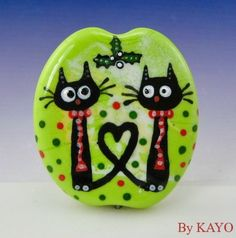 """MISTLETOE MISCHIEF"" byKAYO a Handmade CUTE CATS Lampwork Glass Focal Bead SRA #Lampwork"