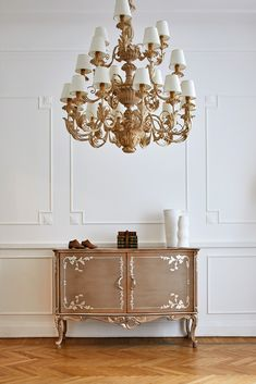 Classic, elegant and beautiful - coming soon to Juliettes Interiors… Art Furniture, Luxury Furniture, Floating Flowers, Luxury Homes Dream Houses, Sideboard Buffet, Luxury Lighting, Beautiful Bedrooms, Furniture Collection, Classic Style