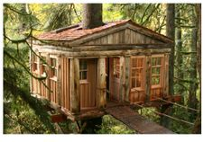Treehouse Point bed and breakfast, Issaquah, WA, indoor plumbing included!