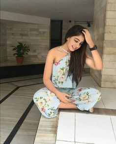 💖follow me jaasmi nazee for more💗 Cute Celebrities, Bollywood Celebrities, Celebs, Bollywood Actress, Niti Taylor, Girls Dp Stylish, Teenage Girl Outfits, Western Outfits, Indian Designer Wear