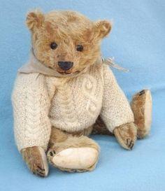 Wenzel Bott by Liz Wiltshire, Forget Me Not Bears