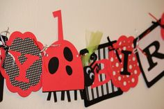 Ladybug Birthday Party :)  Maybe this for Addy's 1 year !!