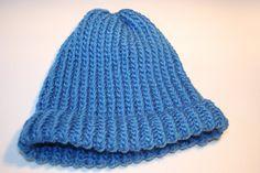 Muts met een breiring breien (rechte E-steek) Crochet Hats, Beanie, Knitting, Slippers, Google, Youtube, Fashion, Craft Work, Knitting Hats