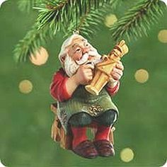 Carving Santa Hallmark Keepsake Ornament 2001