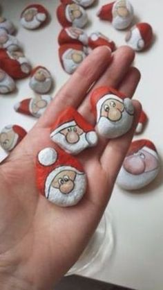 Stone Crafts, Rock Crafts, Christmas Projects, Crafts To Sell, Holiday Crafts, Diy And Crafts, Crafts For Kids, Christmas Ideas, Sell Diy
