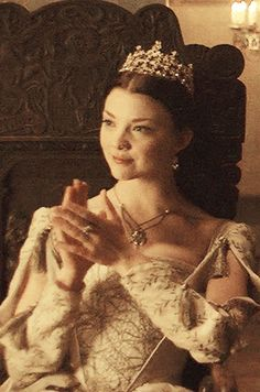 a queen of england will be burnt