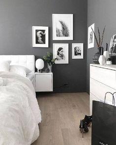 Cores para Quarto de Casal: +130 Inspirações para Pintar o Seu em 2020 Small Room Bedroom, Small Rooms, Home Decor Bedroom, Living Room Decor, Bedroom Ideas, Gray Bedroom, White Bedroom Decor, Bedroom Inspiration, Living Rooms