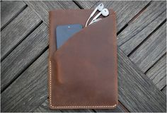 grams28-ipad-mini-leather-sleeve-3.jpg
