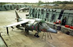 Royal Air Force BAe Harrier of 1453 Flight in Belize, 1990 Navy Air Force, Royal Air Force, Military Jets, Military Aircraft, Commonwealth, Fighter Aircraft, Fighter Jets, Airplane History, War Jet