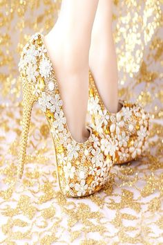 Cheap leather waterproof shoes, Buy Quality leather sole dance shoes directly from China leather shoes for ladies Suppliers: 2016 Fashion Comfortable Gold Wedding Shoes Women Shoes Platform High Heels Rhinestone Bridal Shoes Handmade Genuine Leather Girls Wedding Shoes, Wedding Heels, Bride Shoes, Gold Wedding, Elegant Wedding, Comfortable Bridal Shoes, Bridal Shoes Wedges, Versace, Davids Bridal Shoes