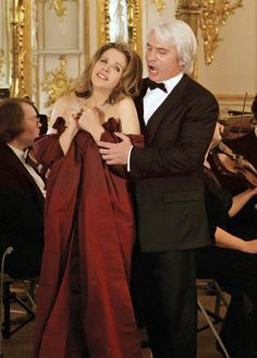 renee fleming | Renée Fleming and Dmitri Hvorostovsky Perform in the City of Palaces ...