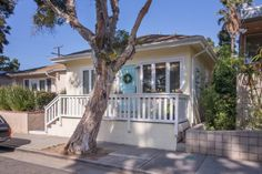 Pardee Properties - Charming Santa Monica Bungalow