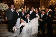 Inspiração pra Foto - Padrinhos e Noiva. Fonte: Blog Lápis de Noiva