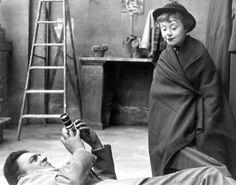 A Estrada da Vida La strada (original title) Director: Federico Fellini Fellini Films, Photos Rares, Le Clown, Vladimir Kush, Chef D Oeuvre, Film Director, Vintage Photographs, Vintage Photos, On Set