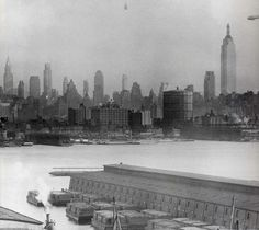 Astonishing Photos of the Empire State Building Under Construction
