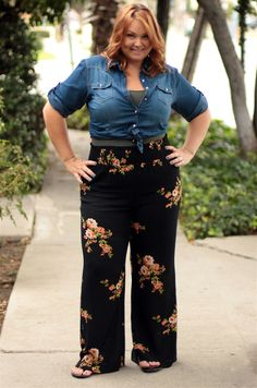 How cute is this look??? #plussize #curvygirlfashion #boho