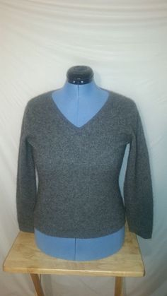 Womens Prive Gray Long Sleeve V-Neck 100% Cashmere Sweater Large L  #Prive…
