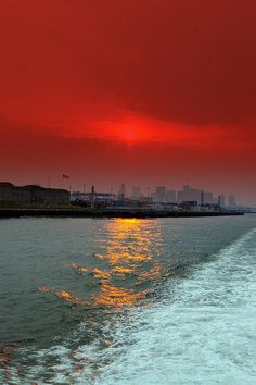 Sunset Cruise in Boston, Massachusetts, US #SoMA, #scenesofnewengland