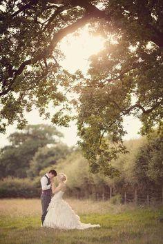 OUTDOOR WEDDING PHOTOGRAPHY IDEAS (53)