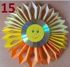slunko - vystřihovaná harmonika a na ní nalepené CD