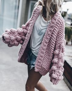 Hand Made Cardigan Models and Making – Knitting And We Big Knits, Knitwear Fashion, Clothes Crafts, Knit Cardigan, Cardigan Outfits, Plus Size Fashion, Winter Fashion, Cute Outfits, Stylish Outfits