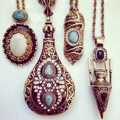 Samantha Wills Moon Rise Memoirs Necklace Jewelry Box, Jewelery, Bohemian Jewelry, Bohemian Soul, Family Jewels, Geometric Jewelry, Crown Jewels, Statement Jewelry, Fashion Boutique