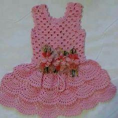 Vestido de crochê infantil - Como Fazer Crochet Dress Girl, Crochet Girls, Crochet Baby Clothes, Crochet For Kids, Crochet Top, Crochet Thread Patterns, Frocks For Babies, Baby Girl Patterns, Crochet Bikini Pattern