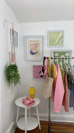 Pastel Room Decor, Indie Room Decor, Cute Room Decor, Aesthetic Room Decor, Aesthetic Space, Room Design Bedroom, Room Ideas Bedroom, Bedroom Decor, Bedroom Inspo