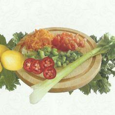 Kıbrıs'ta çokça tüketilen kereviz salatası ile dahada leziz bir tat sunmaktadır, kıbrıslıların çok sevdiği kereviz salatası tarifi aşağıda sizlere tarifini veriyoruz, severek tüketeceğinize eminim.