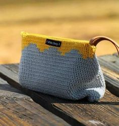 poltsa gris y amarillo