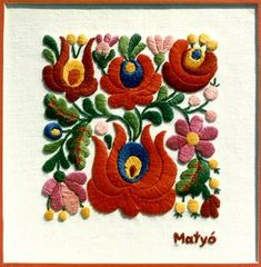 Embroidery from Kalocsa Hungary Chain Stitch Embroidery, Embroidery Stitches, Embroidery Patterns, Machine Embroidery, Hungarian Embroidery, Folk Embroidery, Learn Embroidery, Stitch Head, Art Populaire