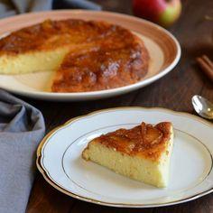 Gâteau de semoule aux pommes caramélisées fait maison