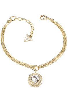 Guess Armband, »COINS OF LOVE, UBB21535-S«.  Für einen romantischen Blickfang sorgt dieses zweireihige Armband aus goldfarben vergoldetem Messing. Das Schmuckstück wird in der Mitte von einem ca. 2,0 cm langen Behang mit einem funkelnden Swarovski-Kristall in Herzform geziert. Zusätzlich umranden kleine Swarovski-Kristalle den romantischen Behang. Das Armband in Rundankerkettengliederung mit Ka...