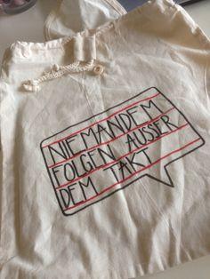 niemandem folgen außer dem takt! Homemade, T Shirts For Women, Tops, Fashion, Quotes, Moda, La Mode, Shell Tops, Fasion