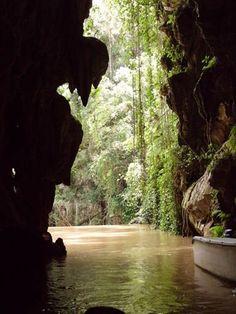 Viñales : Rio subterraneo San Vicente, dentro de la caverna Del Indio | alaescuelaencuba