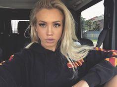 Choosing The Right Men's Leather Jackets – Revival Clothing Beauty Makeup, Hair Makeup, Hair Beauty, Makeup Inspo, Makeup Ideas, Mr Kate, Tammy Hembrow, Lisa Eldridge, Revival Clothing