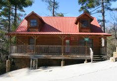 Firehouse Retreat.Firehouse Retreat is dedicated to the brave people who sacrifice daily to keep our families safe.This 2200 sq ft of luxurious #Log-Cabin conveniently located near #Gatlinburg sleeps up to 15.